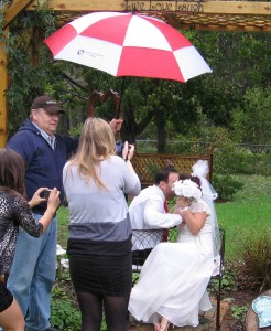 Kissing Bench RAIN New Jersey - Costello Weddings